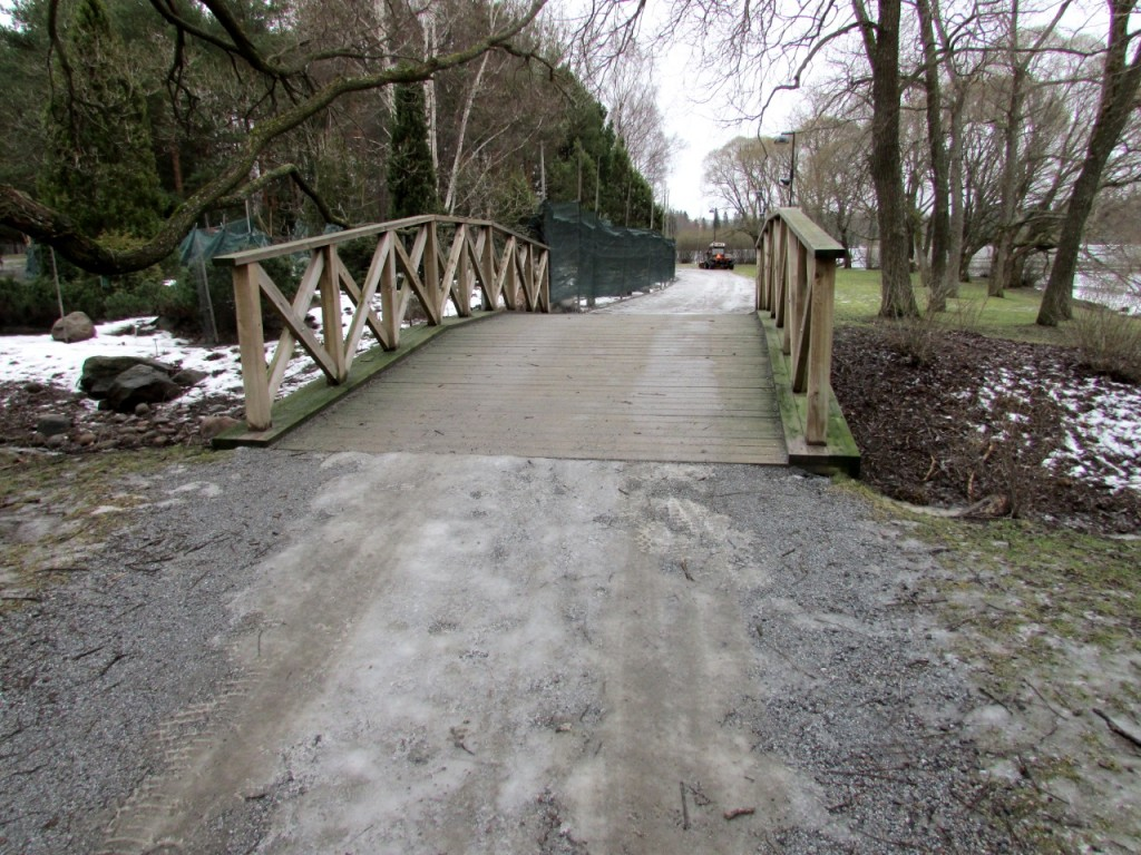 Kuva 6 - Mikäli kätkö olisi kuvan sillan alla olisi terrain 2 tai 2.5. Sillan päällä taas terrain voisi olla lähempänä 1:tä.