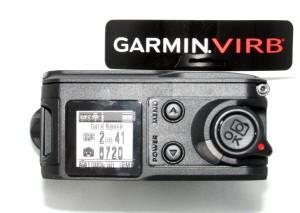 Kuva 3 - Kameran napit ja näyttö. Kuvassa näytön päällä on vielä suojakalvo, joten siksi se näyttää vähän epäselvältä.