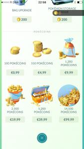 Pelissä voi euroilla ostaa virtuaalivaluuttaa, jolla taas voi ostaa varusteita pelissä.